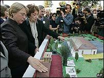 Michelle Bachelet visita Villa Grimaldi
