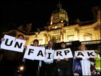 Farepak protest