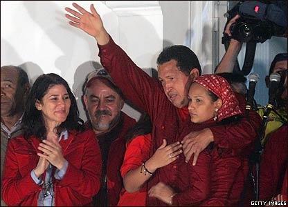 Hugo Chávez, presidente de Venezuela, tras su reelección.
