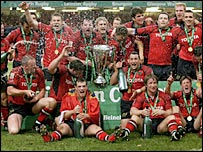 Munster celebrate winning the 2006/06 Heineken Cup