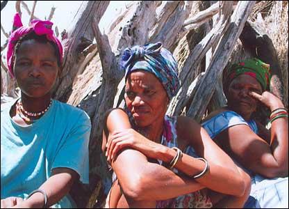 Women in bushmen settlement (file picture)