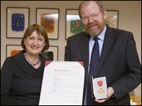 Tessa Jowell and Bill Bryson