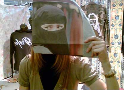 Burkas in Society - pic by Anne Redmond