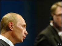 Russian President Vladimir Putin and Finnish PM Matti Vanhanen