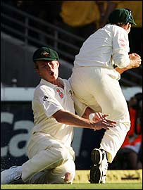 Brett lee and Mike Hussey