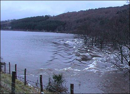 Flooding near Dalguise