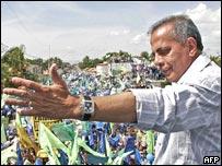 Manuel Rosales, candidato a la presidencia de Venezuela.