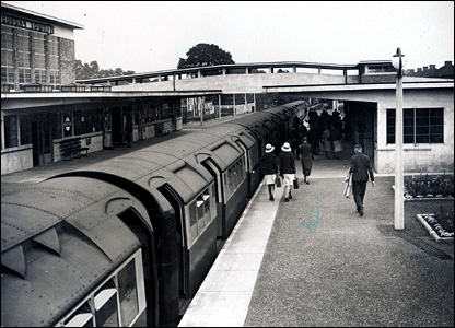 Sudbury Town station in 1932