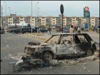 Burned car in Karachi