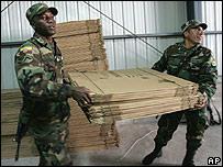 Preparaci�n de las cajas de votaci�n