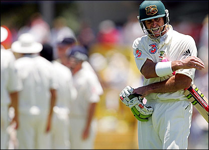 Matthew Hayden storms off the Waca pitch after being dismissed