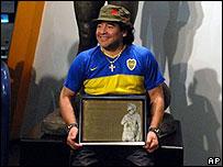 Diego Armando Maradona en el Museo de la Pasión Boquense