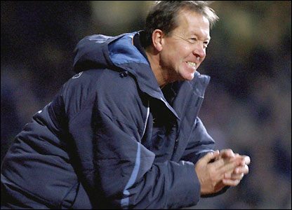 Alan Curbishley celebrates his side's victory