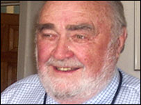 Dr Geoffrey Chamberlain
