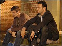 Warren (Jason Hughes) and Egg (Andrew Lincoln)