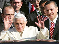 The Pope arrives in Ankara - 28/11/06