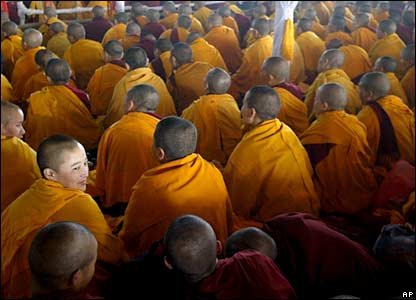 buddhist daily, buddhist practice, gelug, lama atisha, lama tsongkhapa, refuge in the three jewels, tibetan buddhism