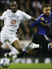 Tottenham's Ivorian midfielder Didier Zokora