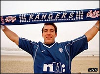 Ricksen signs on at Rangers