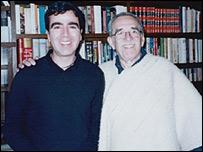 Los escritores Jorge Franco y Gabriel García Marquez.