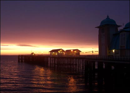 Sunrise in Penarth, as captured by Lynda Starling