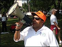 Jorge Medina, activista de Hondureños UNidos de Carolina del Norte y del Sur