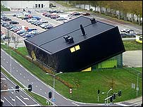 """The """"Vacuum-Cleaner"""" - the depot for Almere's suction waste disposal system"""