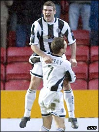 Stewart Kean scored a double for St Mirren