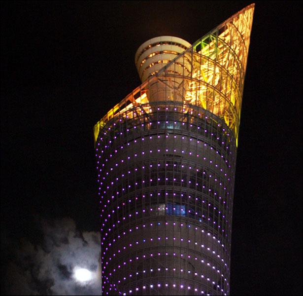 اِستطلآع : قطر/*عبور المستقبل على جسر الترآث.. ]•• _42380200_....0021.jpg
