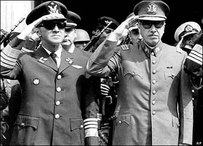 Gustavo Leigh y Augusto Pinochet