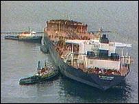 Exxon Valdez oil tanker spill off Alaska