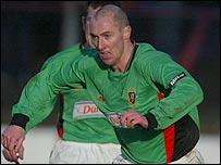 Glentoran midfielder Darren Lockhart