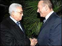 Israeli Prime Minister Ehud Olmert (right) and Palestinian Authority President Mahmoud Abbas