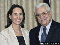 French presidential candidate Segolene Royal (l) shakes hands with Palestinian Authority President Mahmoud Abbas