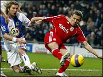 Blackburn's Robbie Savage and Liverpool's Craig Bellamy