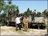 Somali government troops on a truck in Bur Hakaba on 26 December 2006