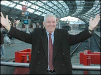 Councillor Mark Dowd at Lime Street Station