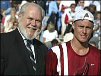 Ian Wight (left) and Lleyton Hewitt