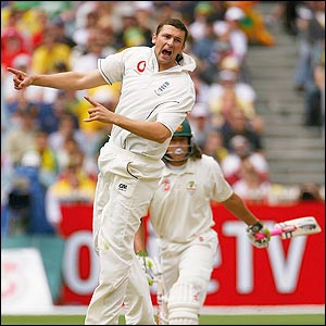 Steve Harmison celebrates the dismissal of Andrew Symonds
