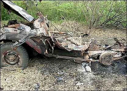 A destroyed truck belonging to Islamists in Burhakaba on 26 December 2006