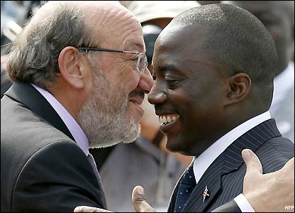 Joseph Kabila is greeted by EU Development and Humanitarian Aid Commissioner Belgian Louis Michel