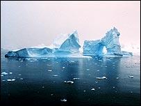 Iceberg en la costa antártica (Imagen: Noaa)