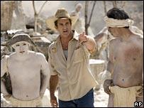 Mel Gibson and actors on Apocalypto set