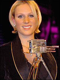Zara Phillips receives the 2006 BBC Sports Personality of the Year award