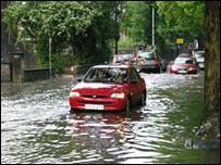Broken-down car in Bristol floods