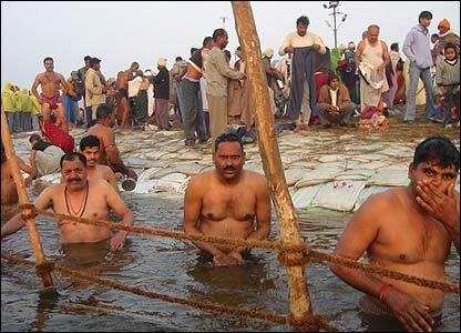 Hindu devotees