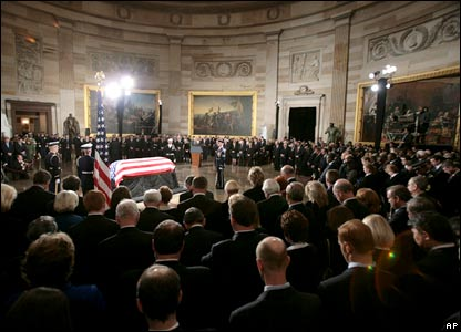 Gerald Ford lies in the Capitol Rotunda on Capitol Hill in Washington