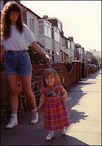 Carrie Knightley with mother in Southend in 1990