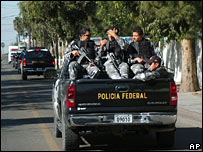 Police arrive in Tijuana on 2 January 2007