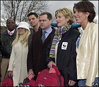 Chris Eubank, Vanessa Feltz, Keith Duffy, Jack Dee, Anthea Turner and Claire Sweeney in 2001